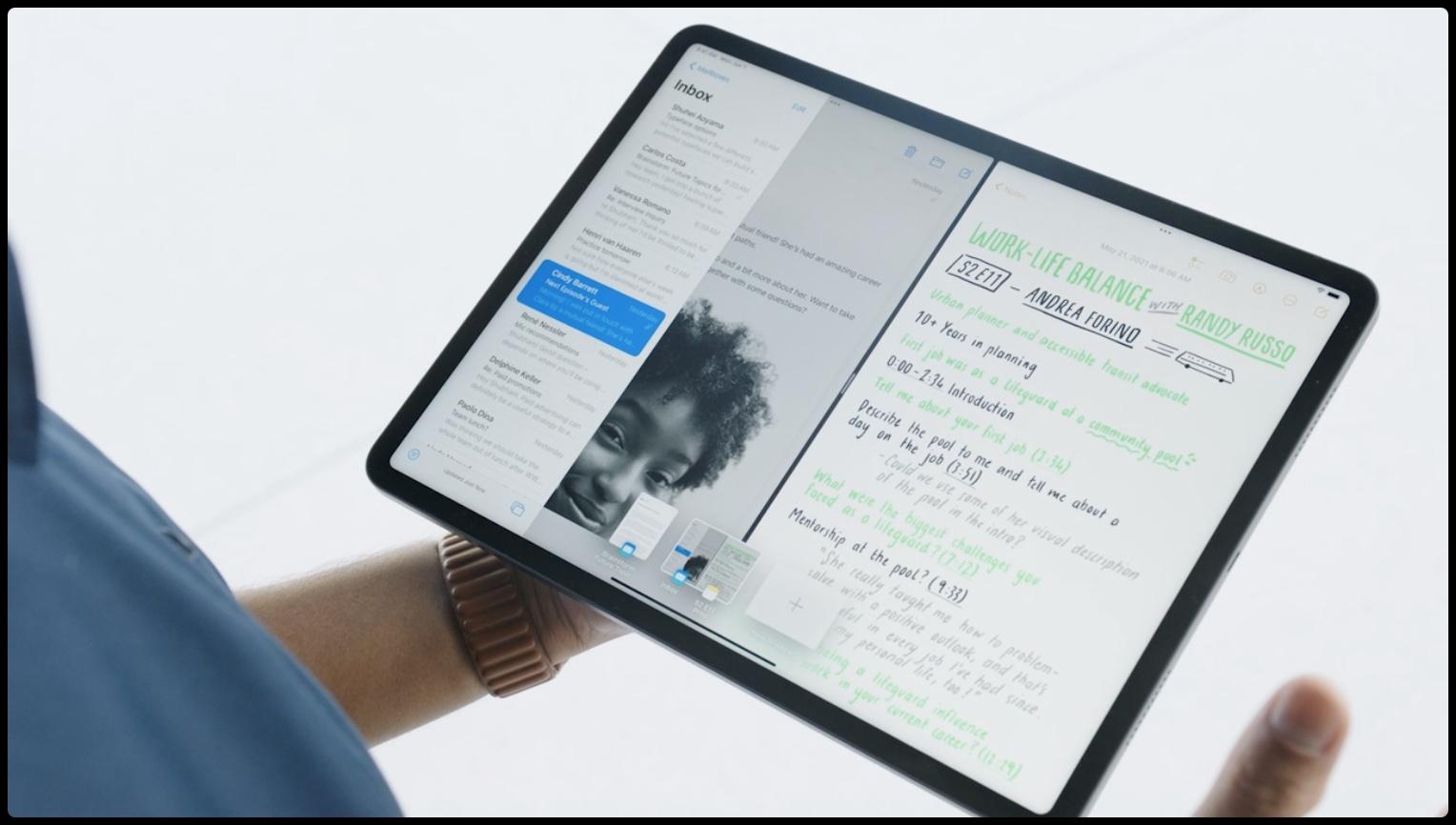 Une image montrant un iPad Pro avec une nouvelle fonctionnalité multitâche Shelf dans iPadOS 15