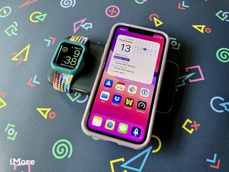 Téléphone de montre de charge de banque d'alimentation sans fil Satechi Quatro